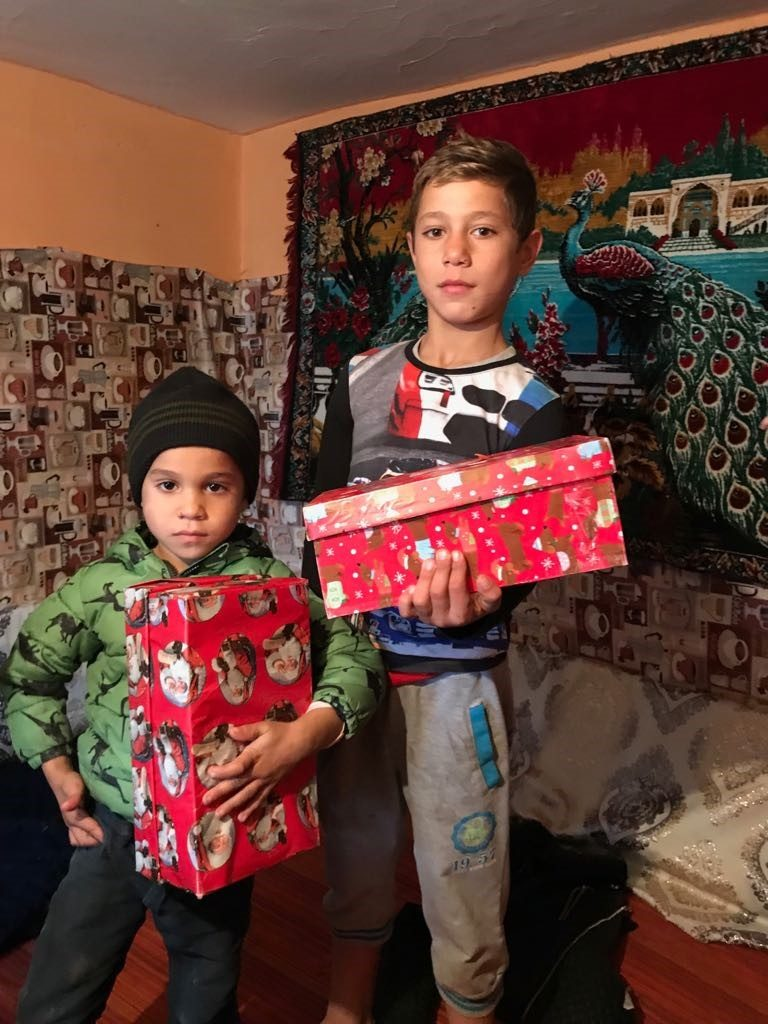 T4U Shoebox Appeal with Affinity Staffordshire